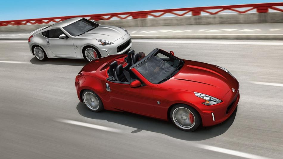 2015 Nissan 370Z Roadster - Red and Silver Exterior