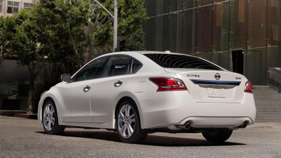 2014 Nissan Altima SL Rear View