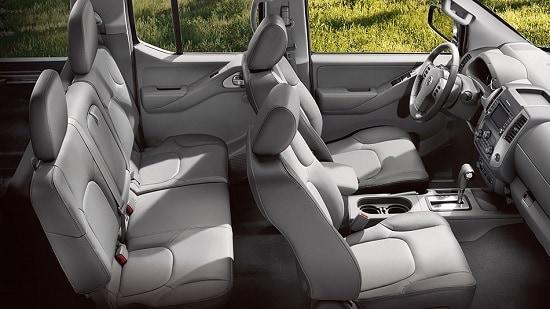 2015 Nissan Frontier SL Crew Cab Interior