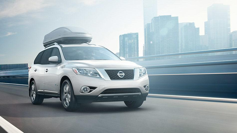 2014 Nissan Pathfinder Hybrid Platinum Premium Exterior Front